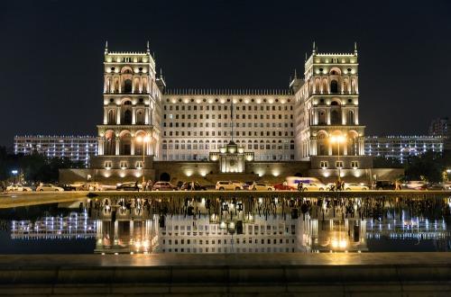 Baku-3