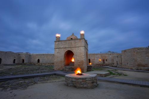 Baku-4